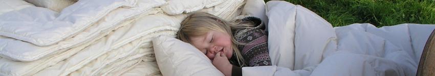 Öko-Steppdecken und Kissen für Kinder aus Schafwolle(k.b.T)